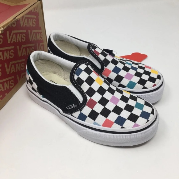 f41c84e502f VANS classic slip on checkered shoes Size 11